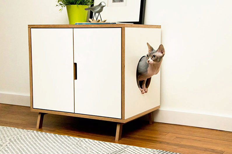 домик из старой мебели для кошек